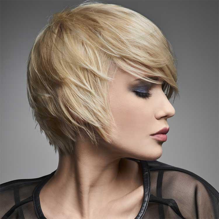 Prix d'une coupe de cheveux avec couleur